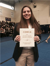 DECA Members Head to States 2