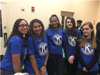 Key Club Gives Back for Holidays photo3